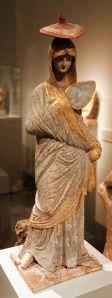 Tanagra-figurine-11